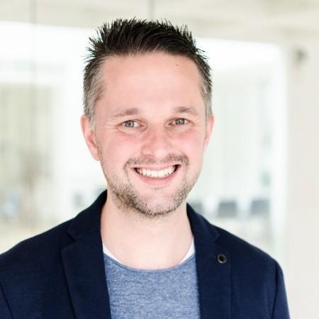 Dennis Brüntje, Social Entrepreneur